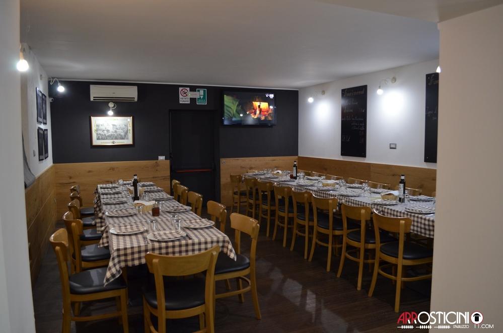 locale interno km431 ristorante Silvi Abruzzo