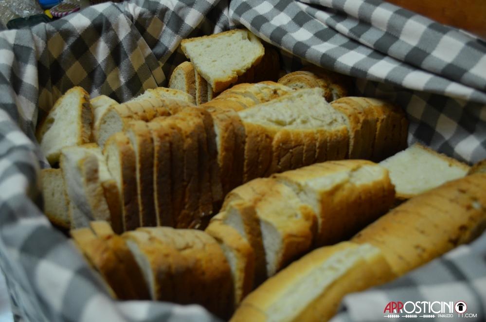 pane casereccio in cassetta km431 ristorante Silvi Abruzzo