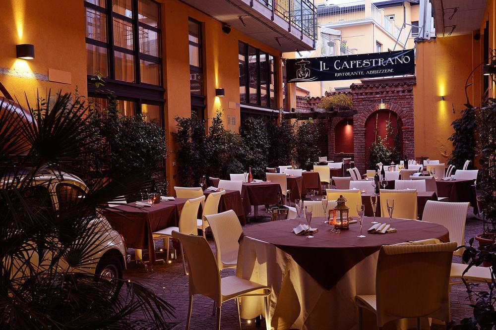 Esterno del locale Il Capestrano, ristorante abruzzese a Milano