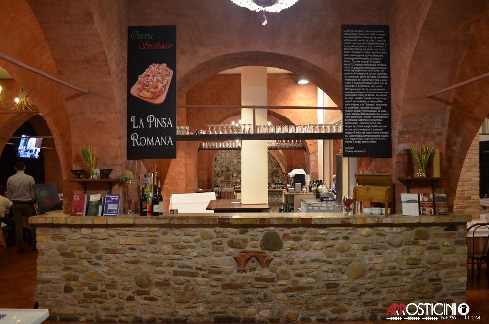 Bancone del locale Strabacco Teramo Abruzzo