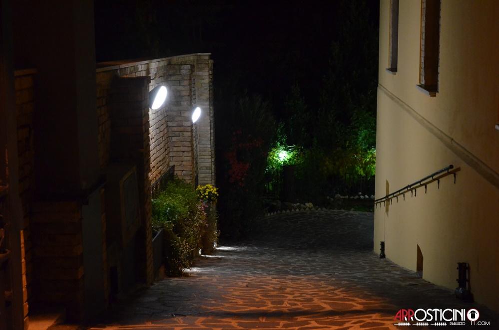 viale ingresso esterno osteria Strabacco Teramo Abruzzo