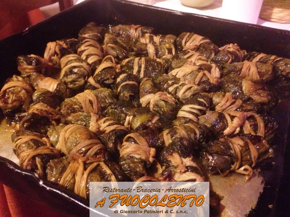 mazzarelle tipiche teramane in telia al forno del ristorante a Fuocolento di Basciano Teramo