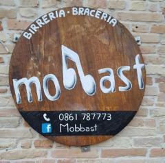 Mobbast logo